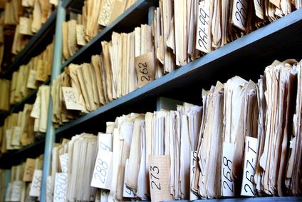 Monella viranomaisella asiakirjojen tunnistetiedot eli diaarimerkinnät eivät ole julkisesti ja sähköisesti selattavissa, vaikka lainsäädännöllistä tai teknistä estettä tälle ei ole. Päinvastoin, jo hallituksen esitys julkisuuslaiksi lähti diaarin julkisuudesta ja avusta tietopyyntöjen yksilöimisessä yksittäisiin asiakirjoihin.